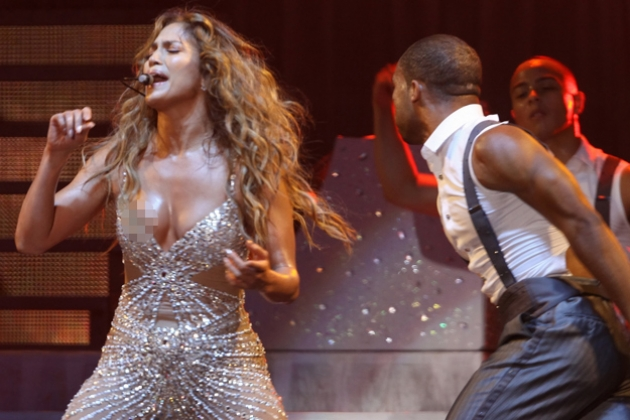 Another Wardrobe Malfunction For J.Lo