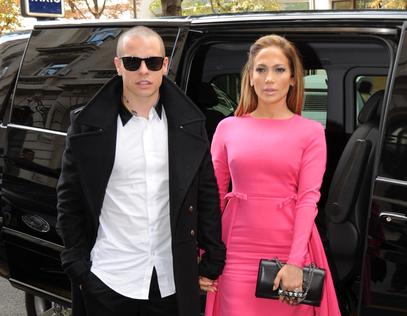 Singer Jennifer Lopez and boyfriend Casper Smart